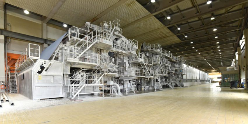 machines for the production of paper rolls for further processing in a printing plant - recycling of waste paper